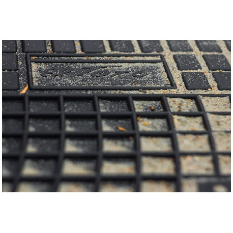 Renault Fluence 2010 → Guminiai kilimėliai