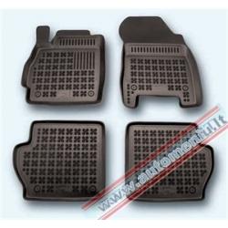 Mazda 2 2006 → su vieta gesintuvui Guminiai kilimėliai su borteliais